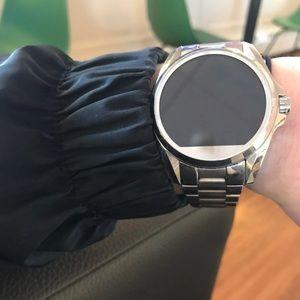 Super Cute like new Micheal Kors Smartwatch